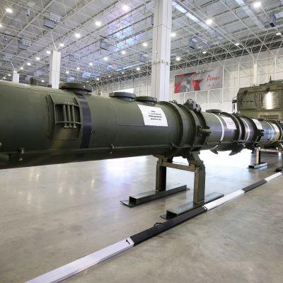Uutta 9M729 -ohjusjärjestelmää esiteltiin kansainväliselle medialle Kubinkassa Venäjällä.