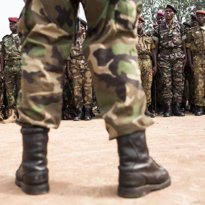 Keski-Afrikan tasavallan sotilaita.