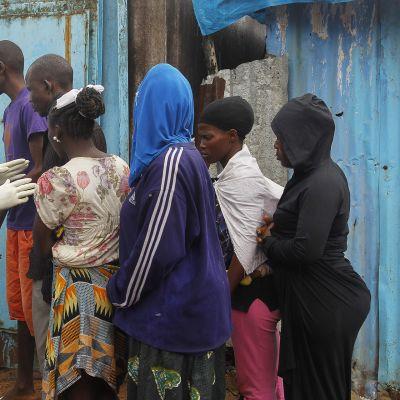 WHO:n ebolan hoitoon keskittynyt terveysasema Liberian Monroviassa.