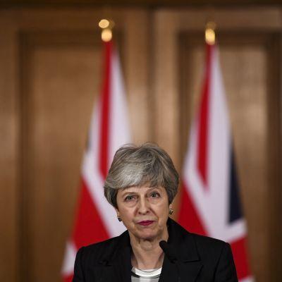 Britannian pääministeri piti lyhyen puheen virka-asunnollaan keskiviikkona. Britannian lähtö EU:sta lykkääntyy.