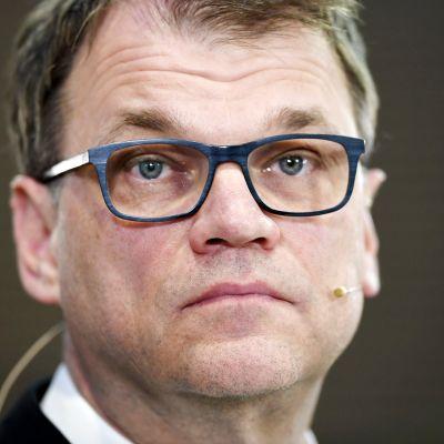Juha Sipilä eduskuntavaalien median tulosillassa Helsingissä.