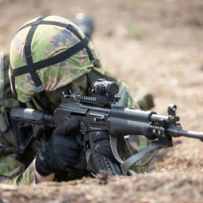 Modernisoitu RK62 rynnäkkökivääri.