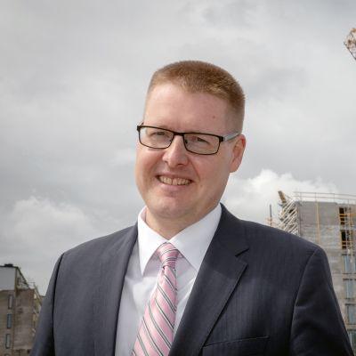 pääekonomisti Sami Pakarinen, Rakennusteollisuus