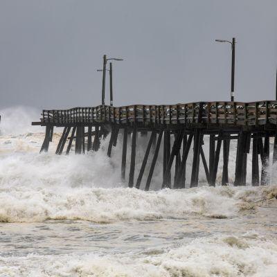 Dorian iski Nags Headin rannikolle Pohjois-Carolinassa 6. syyskuuta.