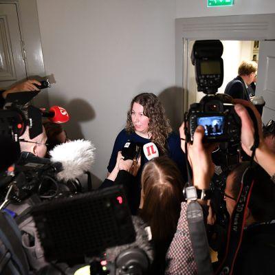 Posti- ja logistiikka-alan unioni PAU:n puheenjohtaja Heidi Nieminen valtakunnansovittelijan toimistolla Helsingissä keskiviikkoaamuna 27. marraskuuta.