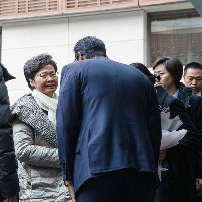 Carrie Lam saapui Pekingiin lauantaina.