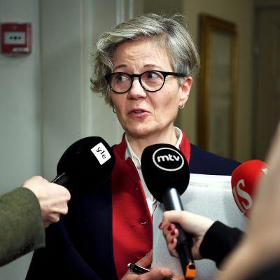 Valtakunnansovittelija Vuokko Piekkala kertoi vientiteollisuuden sopimusneuvottelutilanteesta valtakunnansovittelijan toimistolla keskiviikkona.