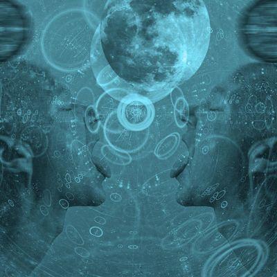 Avaruus, scifi, erotiikka