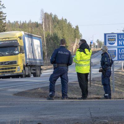 Poliisi suunnitteli liikennejärjestelyjä maakunnan rajalle Porin tiellä torstaina 26. maaliskuuta.