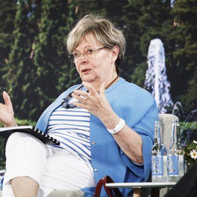Liisa Jaakonsaari Kultaranta-keskusteluissa Naantalissa kesäkuussa 2019.