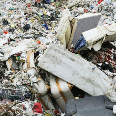 Kaatopaikka Pekingin  lähistöllä.