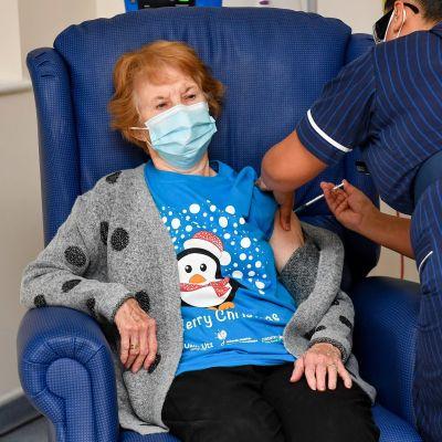Margaret Keenania rokotetaan