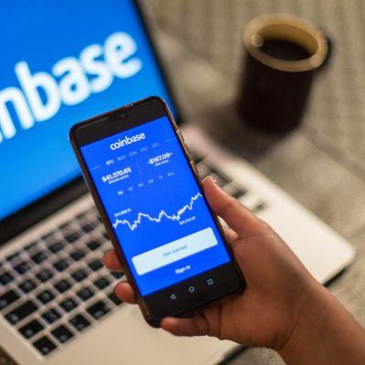 Coinbase-appi kännykän näytöllä.