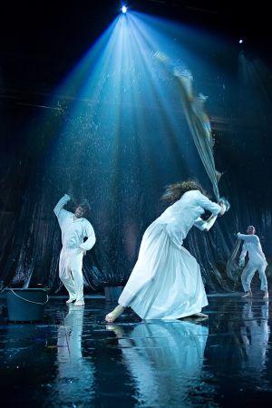 scen ur föreställningen Stormskärs Maja