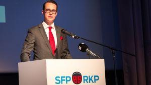 Carl Haglund partiordförande för Svenska Folkpartiet