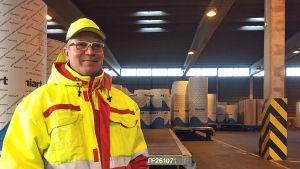 Stuvaren Dennis Finnberg i Hangö hamn