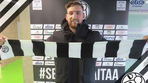 Martin Kompalla vaktar VPS mål i fotbollsligan