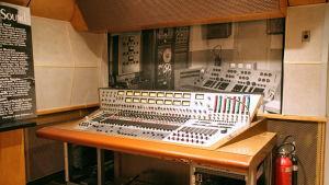 Mixerbordet från RCA Studio B i Nashville