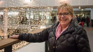 Katrina Holmqvist hör på flashmoben i Vasa