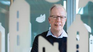 Juha Kaakinen leder Y-stiftelsen.