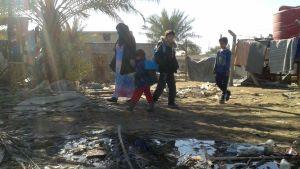 Interna flyktingar i flyktinglägret Takiya, Irak, december 2015