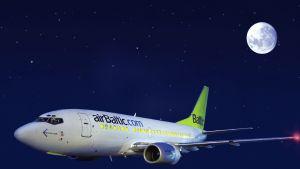 Air Baltics Boeing 737-500