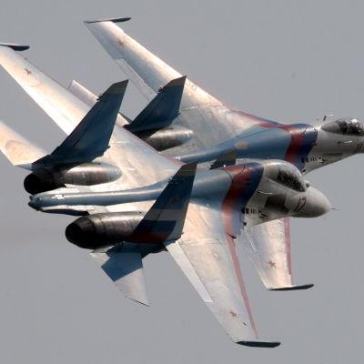 Ryska Su-27-militärplan