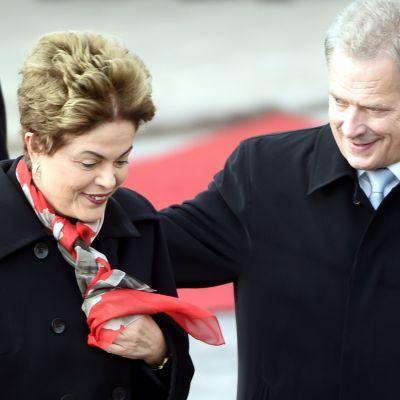 Brasiliens president Dilma Rousseff och president Sauli Niinistö