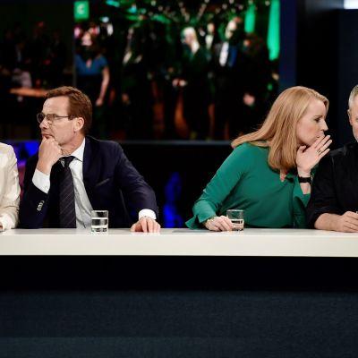 Ebba Busch Thor, Ulf Kristersson, Annie Lööf ja Jan Björklund.