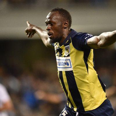 Usain Bolt onnistui maalinteossa harjoitusottelussa.