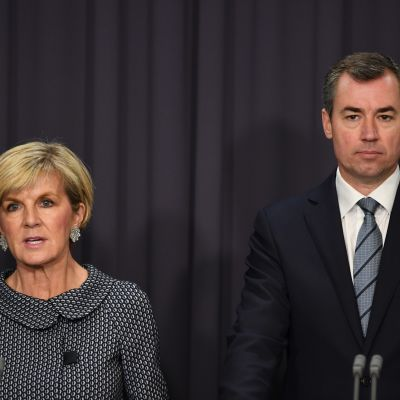 Ulkoministeri Julie Bishop ja oikeusministeri Michael Keenan.