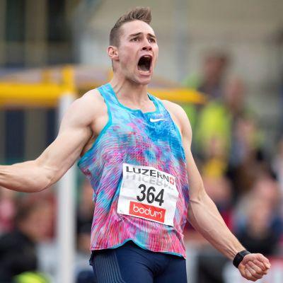 Johannes Vetter heittää Luzernissa 94,44