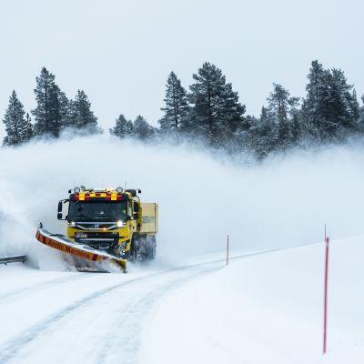 Aura-auto Inarissa helmikuussa 2019.