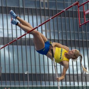 Michaela Meijer hoppar stav.