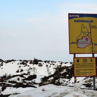 Terrafamen kaivosalueen kyltti.