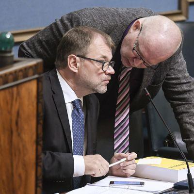 Juha Sipilä ja Jari Lindström.