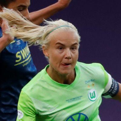 Pernille Harder flyttar från Wolfsburg till Chelsea.