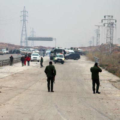 Tiesulku Itä-Aleppon ja hallituksen valvoman alueen rajalla