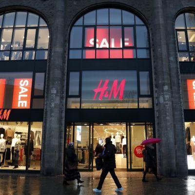 H&M:n liike Berliinissä, Saksassa.