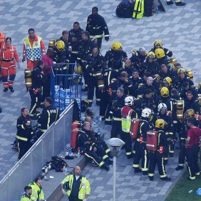 Palo- ja pelastushenkilötöä