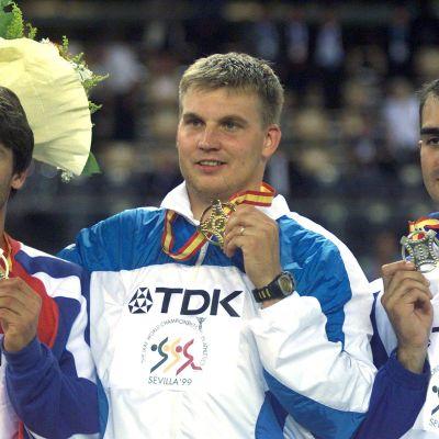 Aki Parviainen vann guld i Sevilla 1999.