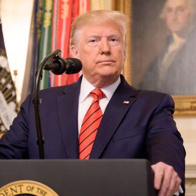 Presidentti Trumpin tiedotustilaisuus iskusta Isis-johtajaa vastaan
