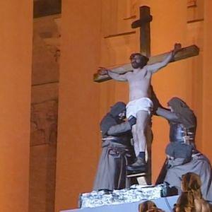 Via Crucis -kärsimysnäytelmä 2001