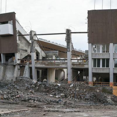 Olympiastadionia remontoidaan