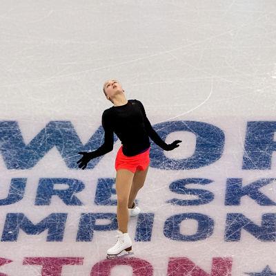 Konståkaren Viveca Lindfors tränar inför VM i Boston, mars 2016