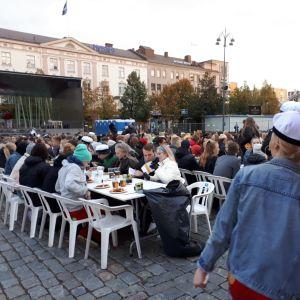 Sitz på torget i Vasa.