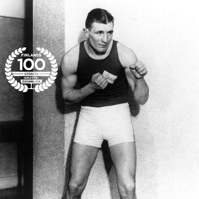 Gunnar Bärlund, 1930. Med logon för Finlands 100 största idrottsögonblick.