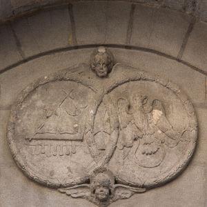 Indoarjalaiset ympyrät. Pyhän Jaakon kirkko Bilbaossa, julkisivu 1600-luvulta, tekijää ei tunneta.