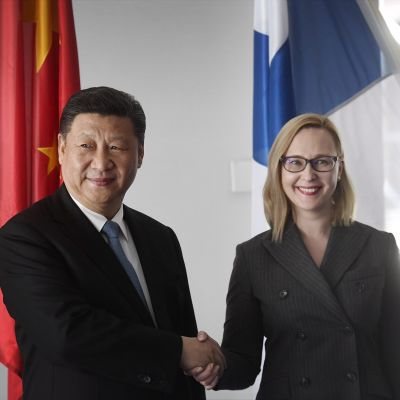 Xi Jinping ja Maria Lohela.