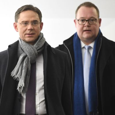 Jyrki Katainen ja Antti Timonen.